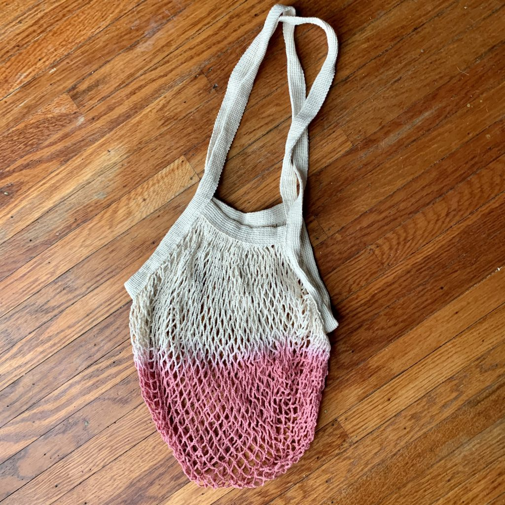 Net tote bag with pink ombre